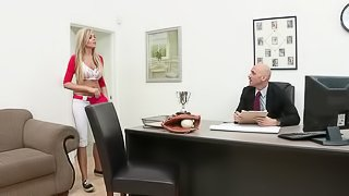 Horny Blonde  Darcy Tyler Has No Problem With Gagging On Hard Cocks