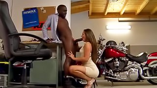 Ebony man is fucking slutty babe
